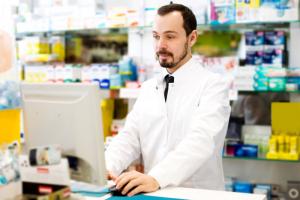 Adres na karcie pacjenta można zaktualizować wg danych aktualnych, czyli wg miejsca pobytu w DPS (fot. Shutterstock).