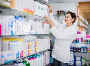 Zachęcamy do zapoznania się z opracowaniem zagadnień prawnych, dotyczących wystawiania recept farmaceutycznych oraz ordynacji farmaceutycznych, które na zlecenie Okręgowej Izby Aptekarskiej w Warszawie, sporządziła kancelaria Fairfeld (fot. Shutterstock).