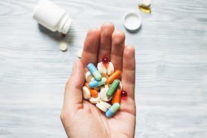 Na podstawie e-recepty można wydać jednorazowo ilość leku na 180 dni stosowania (a całościowo na 360 dni)(Shutterstock).