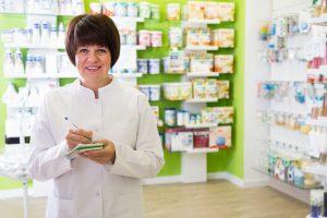 Wykonanie leku z antybiotykiem bez zapewnienia właściwych warunków jest nieprawidłowe (fot. Shutterstock).
