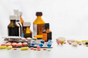 Podczas zamiany leków, odpłatność pozostaje taka sama, jaka wynika z pierwotnego zapisu na recepcie (fot. Shutterstock).