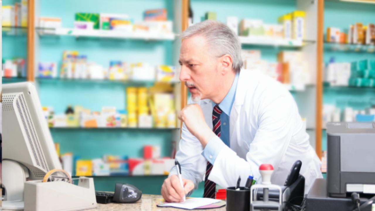 Od 1 lipca wchodzą w życie zmiany prawne istotne dla aptek, są to m.in: uprawnienie C, identyfikator NFZ, wzór wniosku na wyroby medyczne czy tablica Vat.