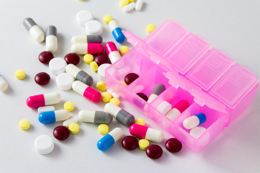 Określenie doraźnie w sposobie dawkowania powoduje, że nie można przeliczyć, czy wypisania ilość leku mieści się w maksymalnej długości kuracji, czyli 360 dniach (fot. Shutterstock).