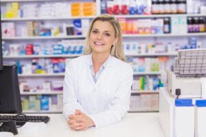 Ponieważ rozporządzenie w sprawie recept lekarskich dopuszcza użycie nazwy międzynarodowej (§ 6 ust. 1 pkt 1), to nazwa producenta może, ale nie musi być obecna (fot. Shutterstock).