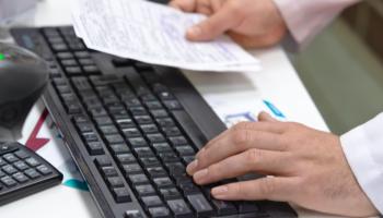Nie ma możliwości całkowitego wyeliminowania występowania błędów podczas wysyłania DRR (fot. Shutterstock).